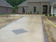 Stained Driveway in Baton Rouge, LA